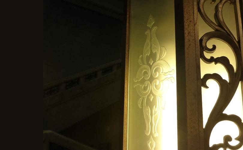ガラス板の複製