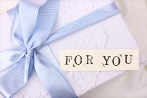 履ける「ガラスの靴」をプロポーズや特別な日の贈り物に